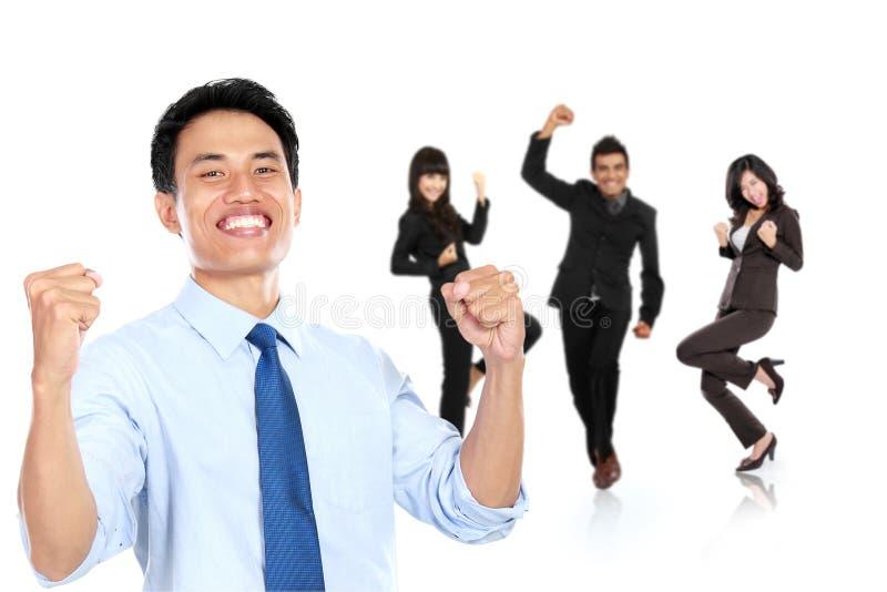 Grupp av den asiatiska unga businesspersonen som isoleras i vit backgroun royaltyfria foton