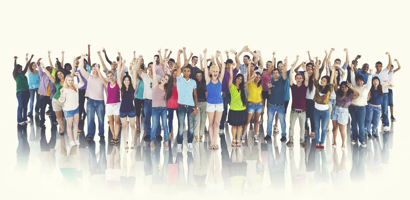 Grupp av det gladlynta begreppet för lycklig studentberöm arkivfoton