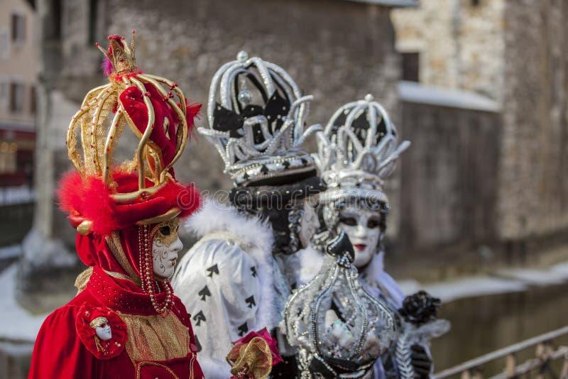 Grupp av förklätt folk - Annecy Venetian karneval 2013 royaltyfri fotografi