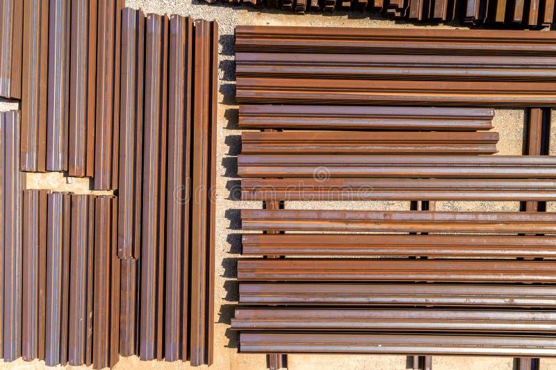 Grupp av metallstänger arkivbild