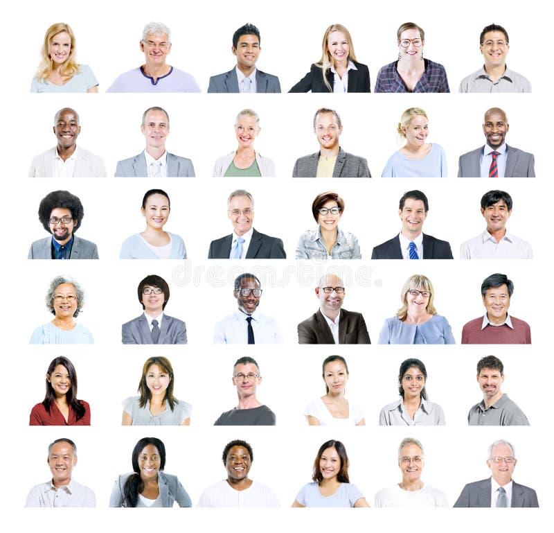 Grupp av multietniskt olikt affärsfolk arkivfoton