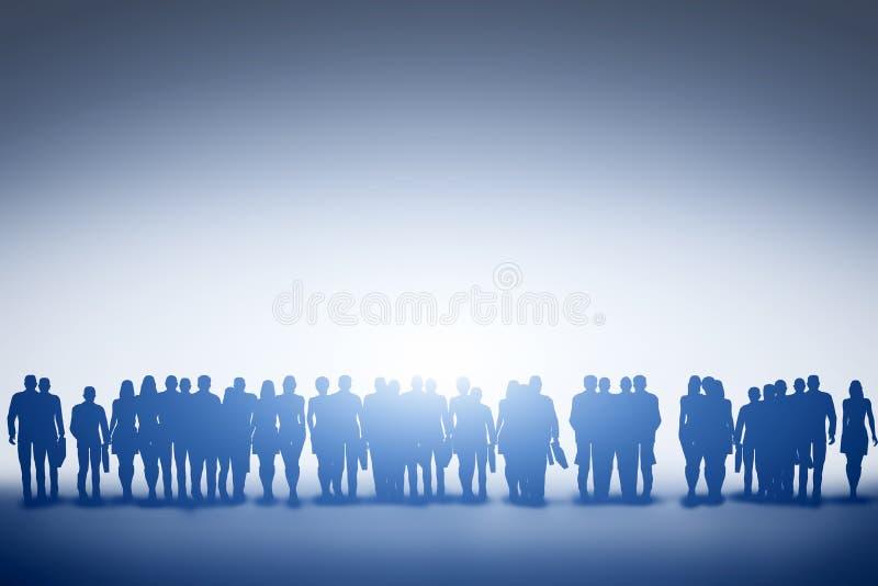 Grupp av olikt folk som ser in mot ljus, framtid arkivbild