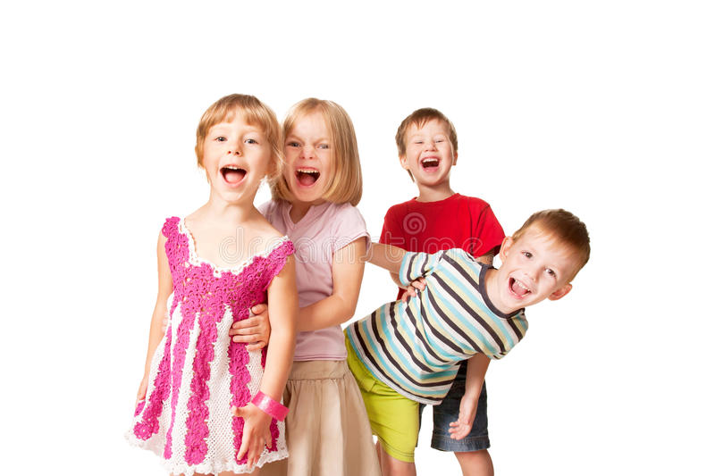 Grupp av små barn som har gyckel fotografering för bildbyråer