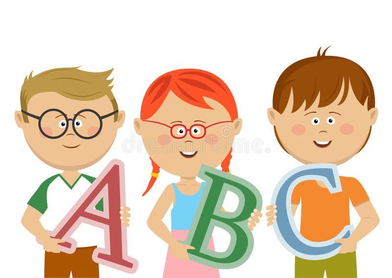 Grupp av små ungar som rymmer abc-bokstäver stock illustrationer