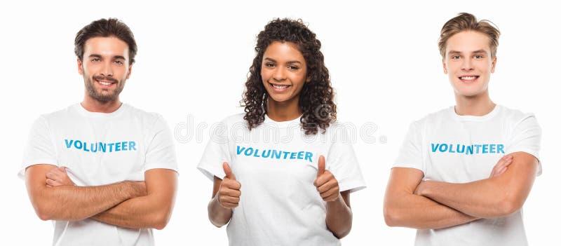 Grupp av unga volontärer arkivfoton