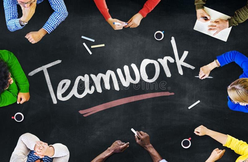 Grupp människor- och teamworkbegrepp royaltyfri foto