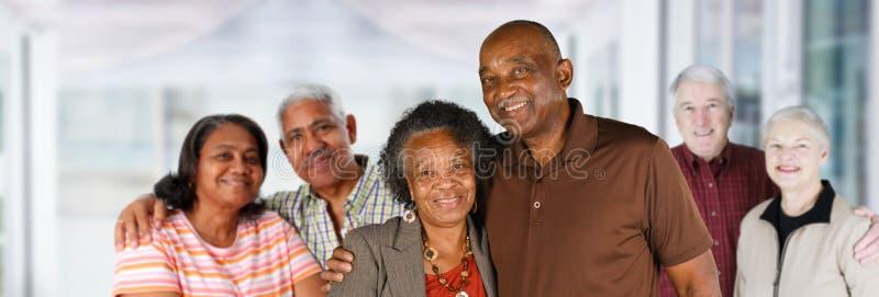 Gruppe ältere Paare stockfoto
