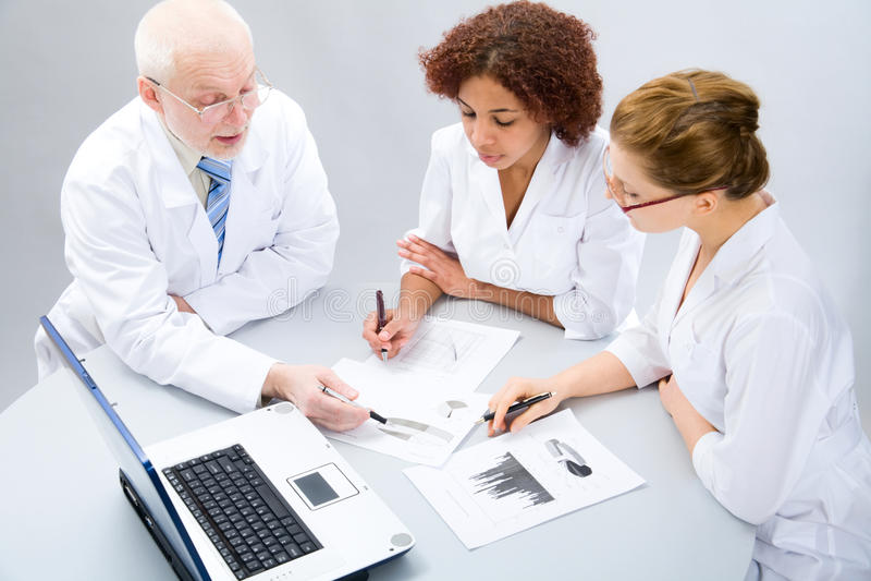Gruppe Doktoren lizenzfreie stockfotografie