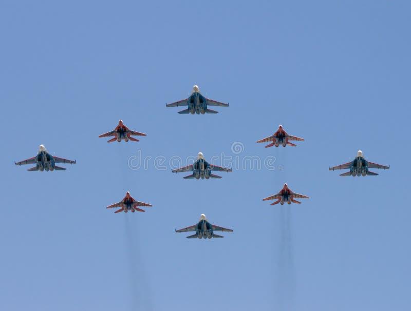Gruppe Kampfflugzeuge stockfoto