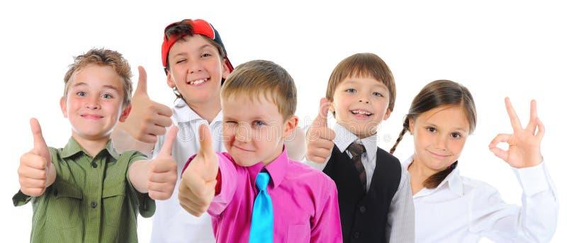 Gruppe Kinderaufstellung stockfotos