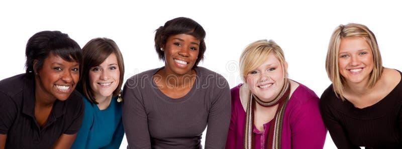 Gruppe multi-racial Studenten stockbild