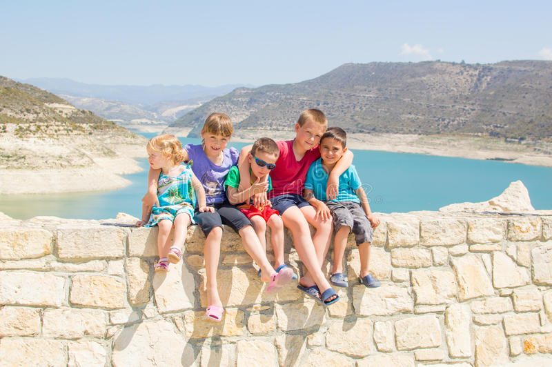 Gruppe nette Kinder lizenzfreie stockfotos