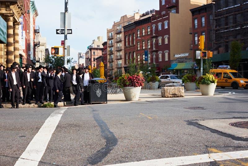Gruppe orthodoxe hasidim Juden stockfoto