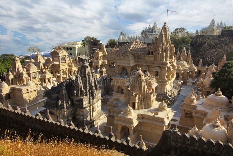 Gruppe Tempel bei Palitana in Indien lizenzfreies stockfoto