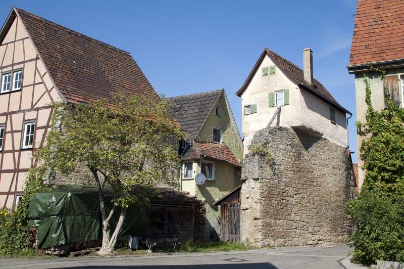 Gruppe traditionelle Häuser im Dorf lizenzfreie stockfotos