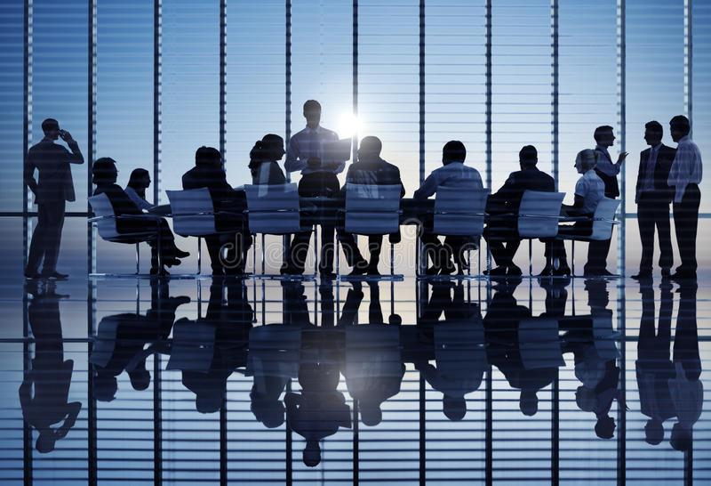Gruppe Weltgeschäftsleute bei einer Sitzung stockfotografie