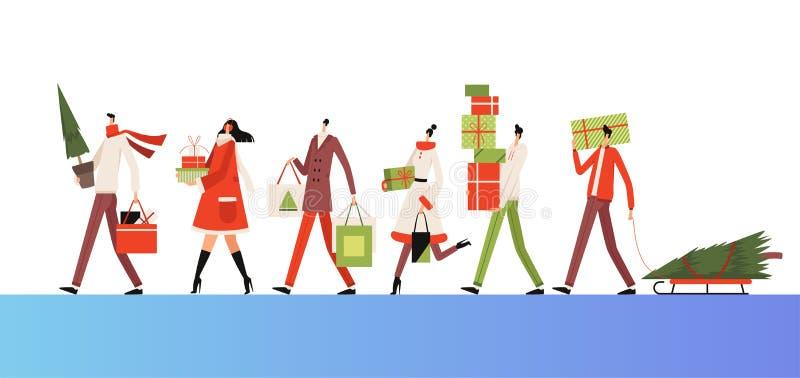 Gruppen von Menschen gehen zusammen und tragen Neujahrskäufe, Geschenke und Fichte Weihnachtsgeschäft vektor abbildung