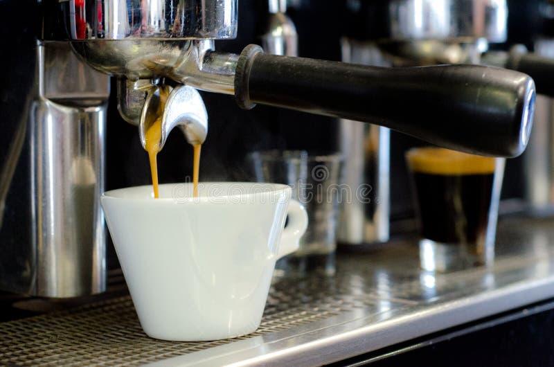 Gruppenanführerkaffeemaschine stockbilder
