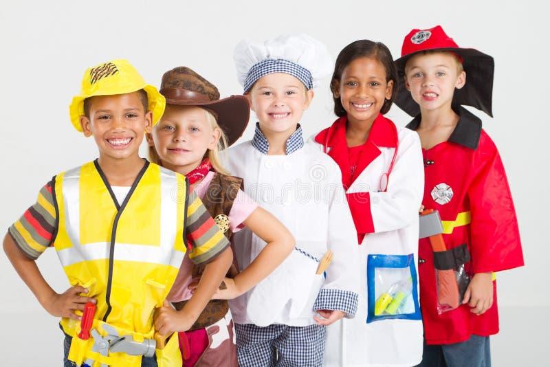 Gruppenkinder lizenzfreie stockfotos