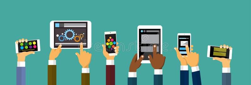 Grupphänder som rymmer den smarta mobiltelefonminnestavladatoren, teknologibegrepp vektor illustrationer