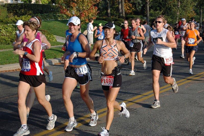 Gruppo dei cittadini di maratona fotografie stock libere da diritti