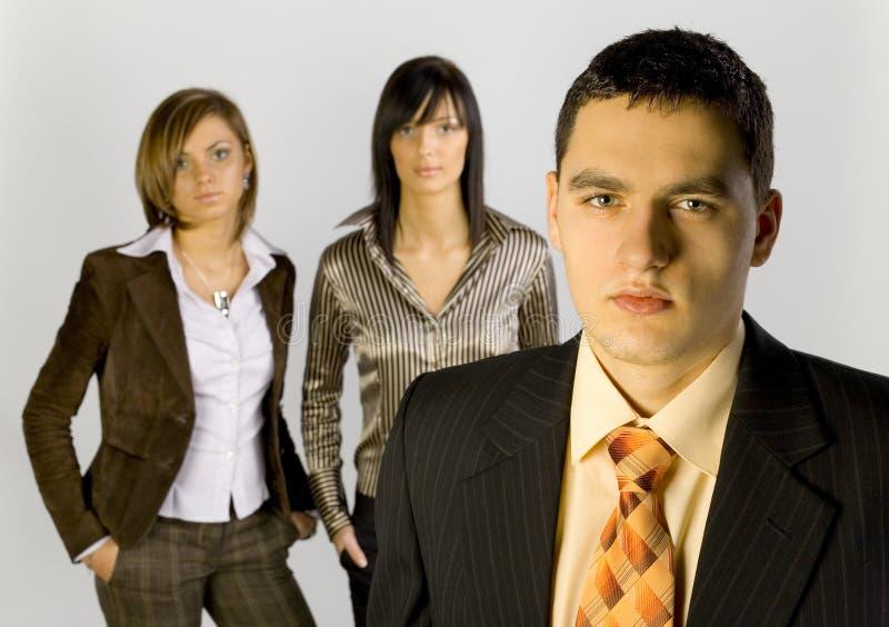 Gruppo di affari con la guida maschio immagini stock