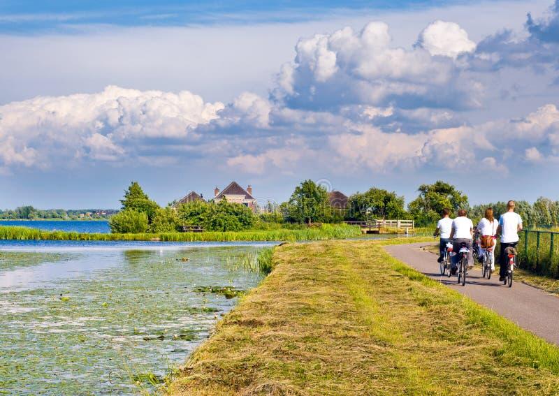 Gruppo di Bicyclists fotografia stock libera da diritti