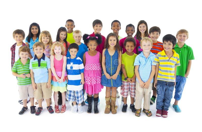 Gruppo di diversi bambini svegli fotografia stock