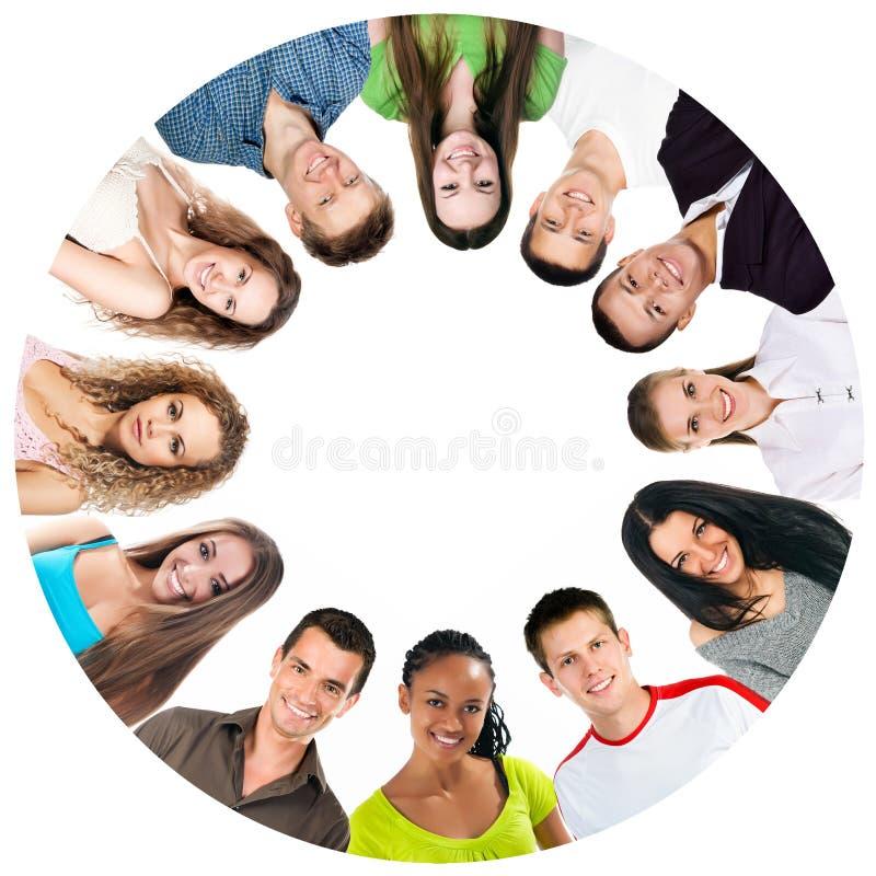Gruppo di gente sorridente    fotografia stock