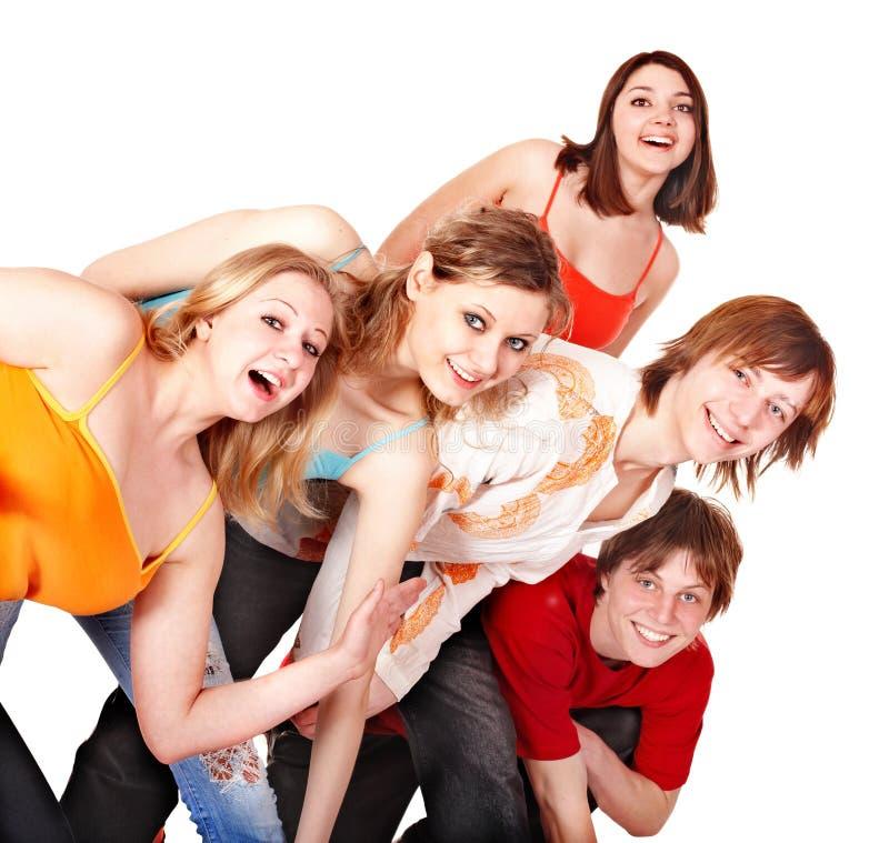 Gruppo di giovani felici. immagine stock