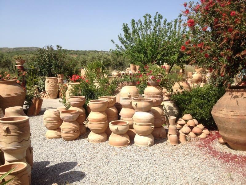 Gruppo di lavoro delle terraglie sull'isola di Creta nel 2015 fotografia stock libera da diritti