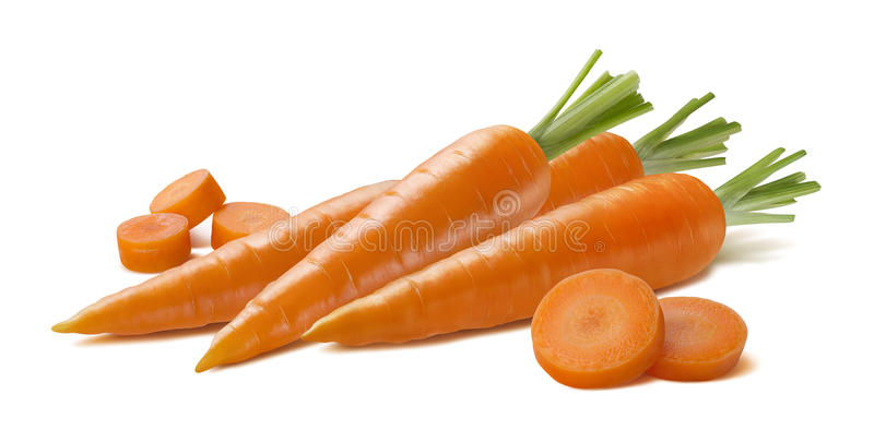 Gruppo fresco della carota con i pezzi isolati su fondo bianco immagine stock libera da diritti