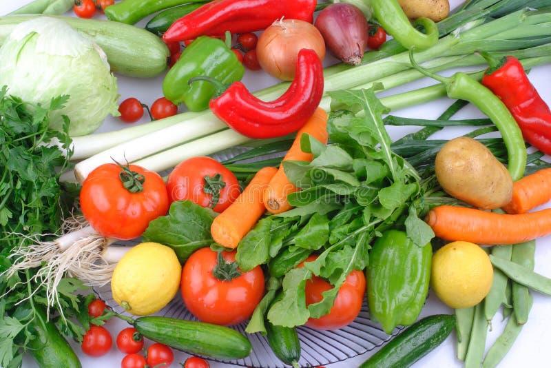 Gruppo quotidiano di frutta e di verdure differenti fotografia stock