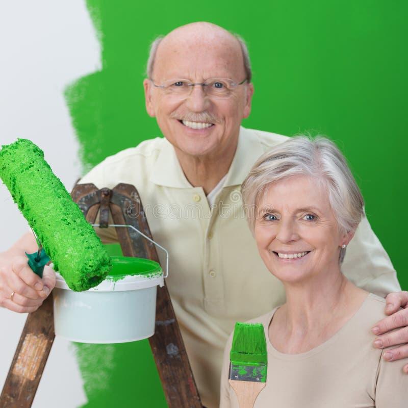 Gruppo senior sorridente della moglie e del marito fotografia stock