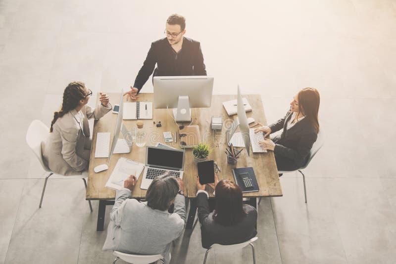 grupy interesów ludzi pracy biurowe obrazy royalty free