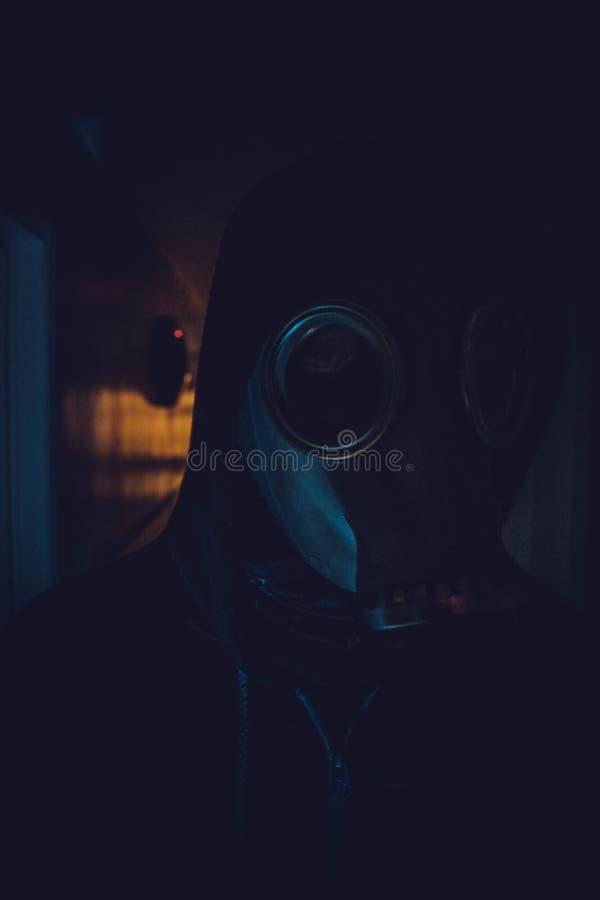 Gruselige Gasmaske lizenzfreie stockfotografie