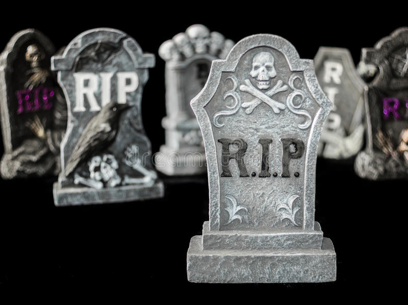 Gruseliger Halloween-Rest in den Friedensgräbern lizenzfreies stockbild