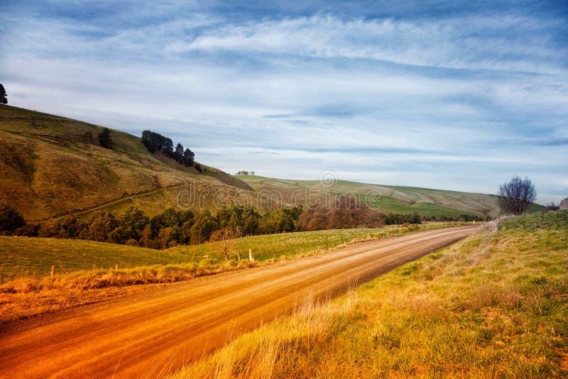Grusväg i Australien royaltyfria bilder