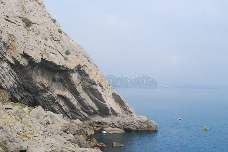 Gruta de Chaliapin em Crimeia imagens de stock