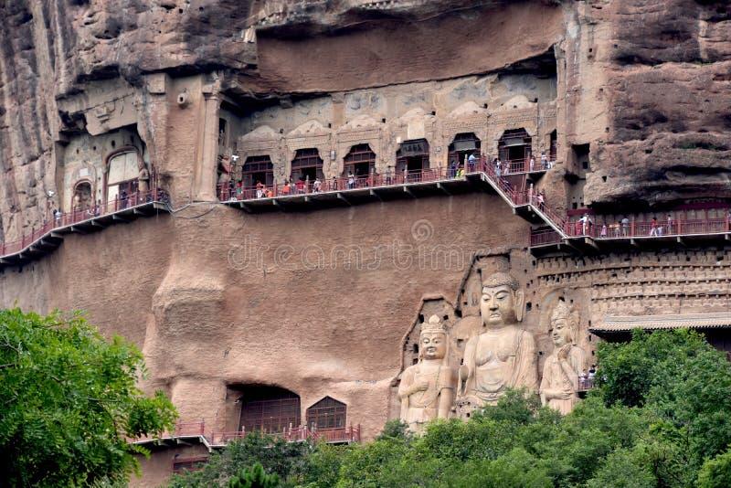 Grutas parque nacional de Maijishan, Tianshui, China imagem de stock