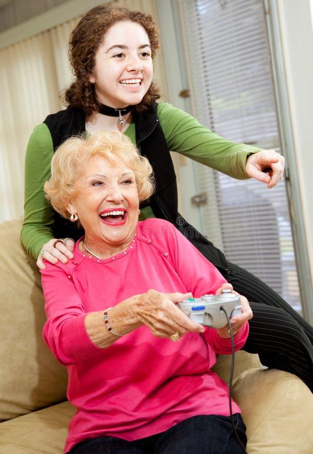 gry babcia kocha wideo obrazy royalty free