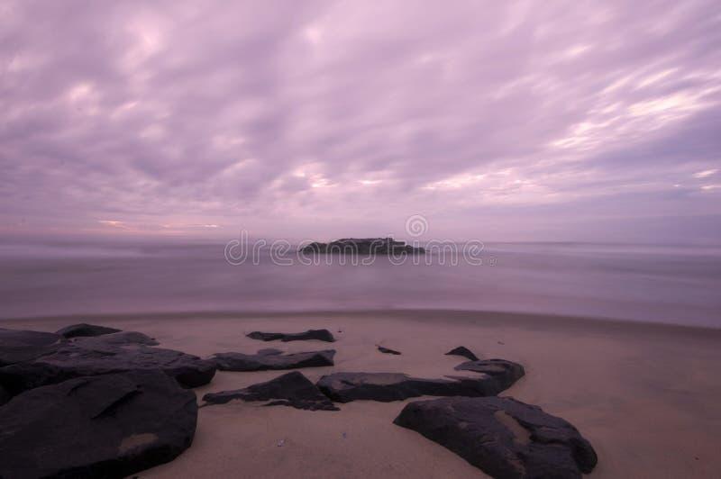gry den sandiga kusten royaltyfria bilder