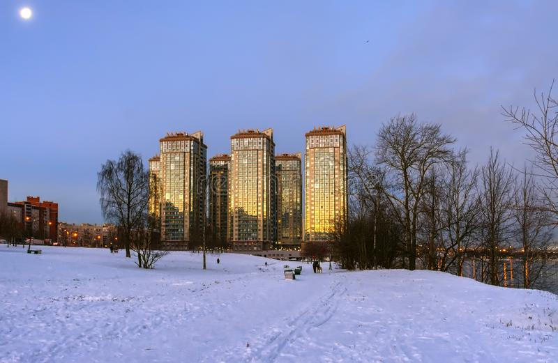 Gry i St Petersburg i området av fiske royaltyfri foto