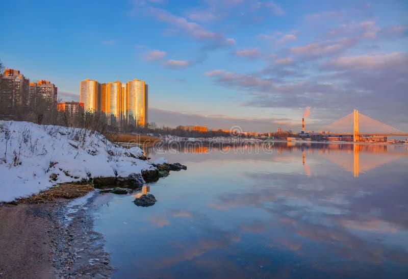 Gry i St Petersburg i området av fiske royaltyfria bilder