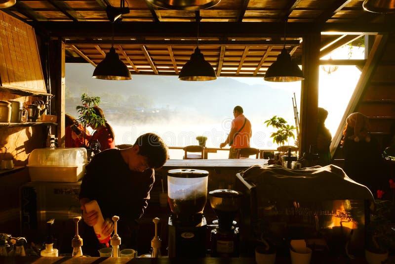 Gry på lävinkaffe, thai förbudrak royaltyfri foto