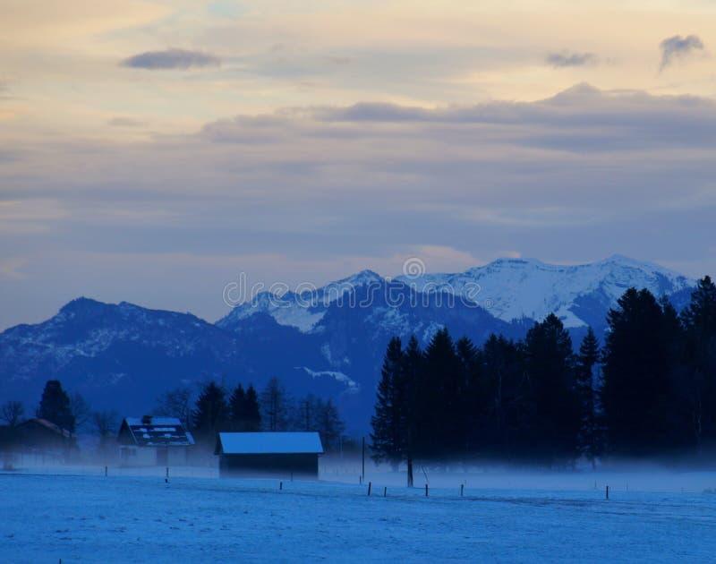 Gryning i den Appenzell vintern royaltyfria bilder