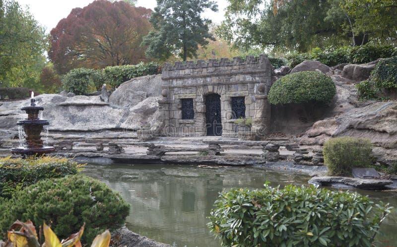 Grzebalny Crypt przy Krystaliczną świątyni grotą zdjęcie royalty free