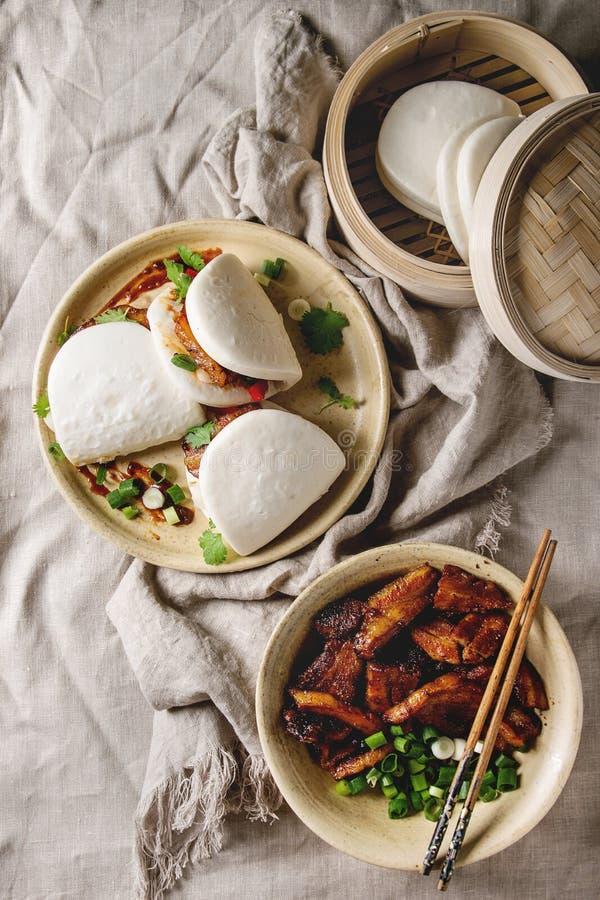Gua bao小圆面包用猪肉 免版税图库摄影