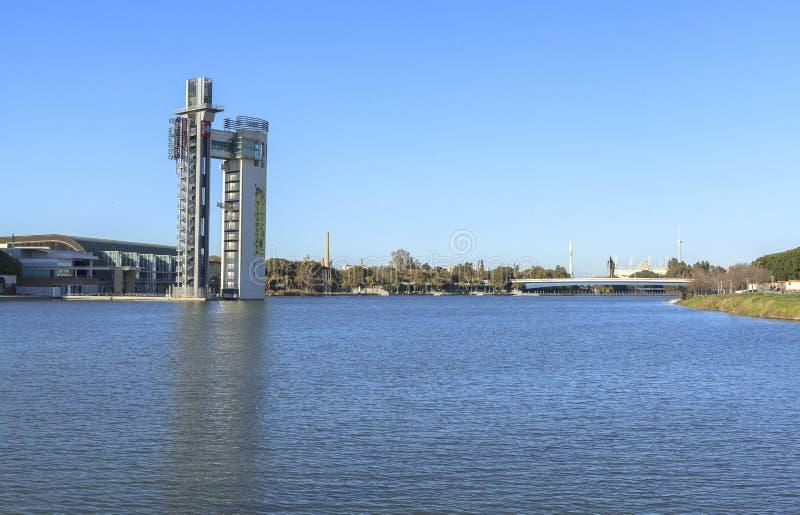 Guadalquivir-Fluss bei Sevilla, Spanien stockfotos
