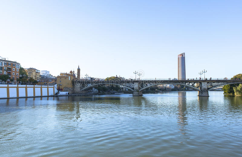 Guadalquivir-Fluss bei Sevilla, Spanien stockfoto